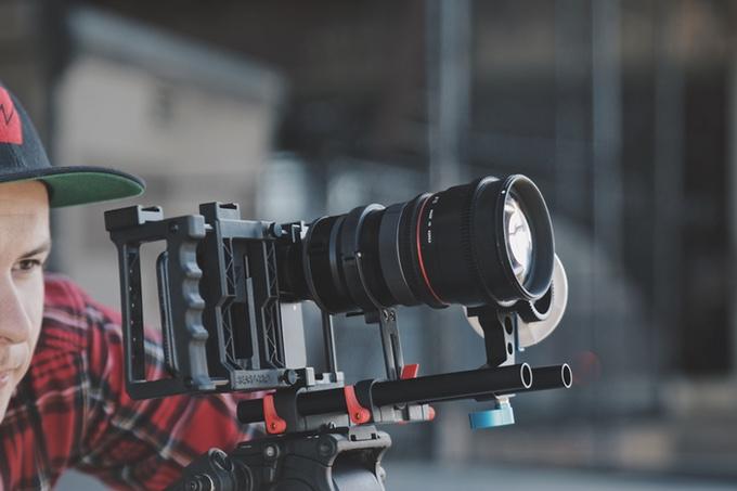 Beastgrip DOF Adapter MK2 & Pro Series 1.33X Anamorphic lens